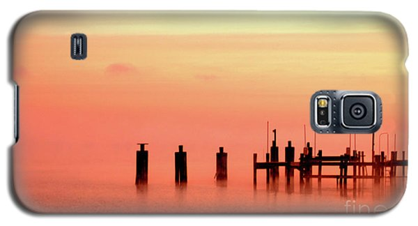 Galaxy S5 Case featuring the photograph Eery Morn by Clayton Bruster