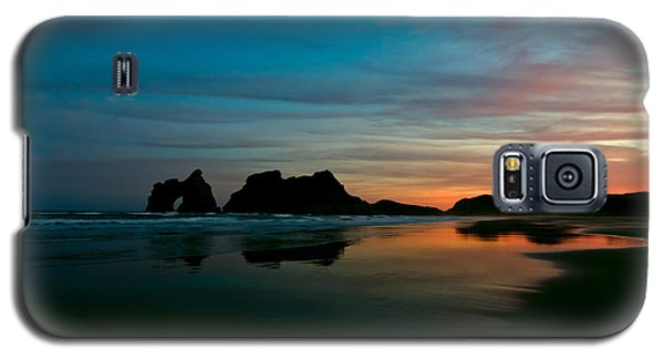 Golden Morning At A Beach  Galaxy S5 Case