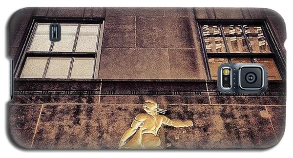 School Galaxy S5 Case - Rockefeller Center - New York by Joel Lopez