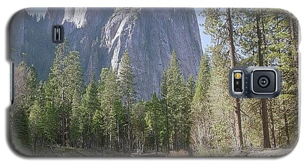 Place Galaxy S5 Case - 3 Brothers. Yosemite by Randy Lemoine