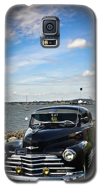 Galaxy S5 Case featuring the photograph '47 Chevy By The Bay by Ronda Broatch