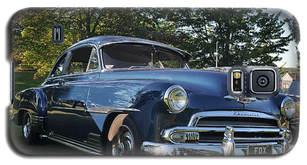 Galaxy S5 Case featuring the photograph '51 Chevrolet by Ronda Broatch