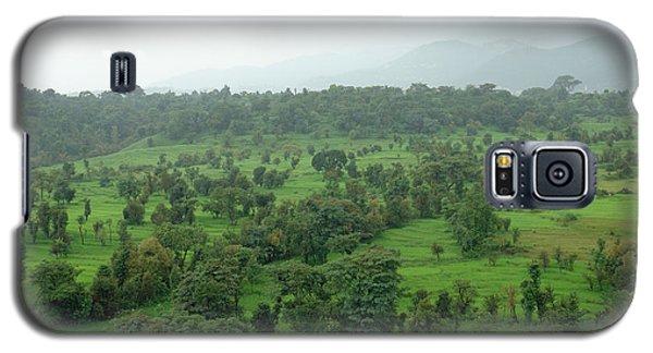 A Beautiful Green Countryside Galaxy S5 Case