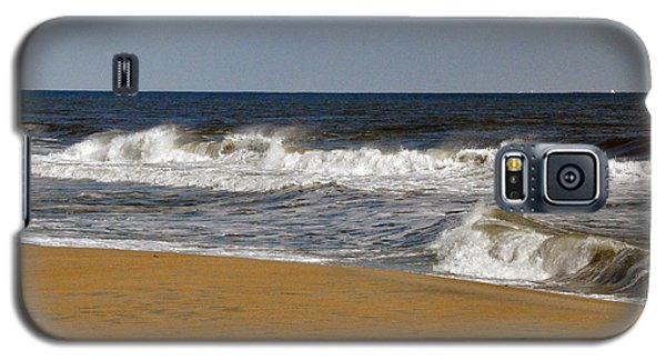 Galaxy S5 Case featuring the photograph A Brisk Day by Sarah McKoy