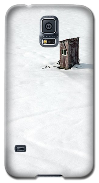 Galaxy S5 Case featuring the photograph A Snowy Path by Karen Lee Ensley