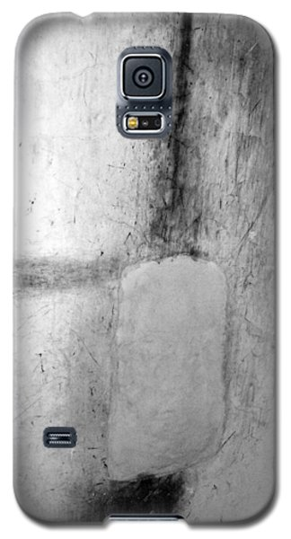 Galaxy S5 Case featuring the photograph Abstract by Mary Sullivan