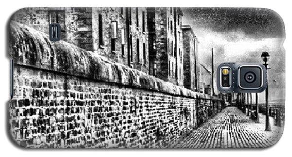 Classic Galaxy S5 Case - #albertduck #liverpool #sky #cloudy by Abdelrahman Alawwad