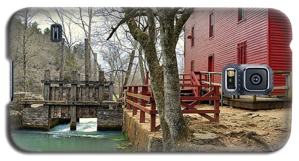 Galaxy S5 Case featuring the photograph Alley Spring Mill 34 by Marty Koch