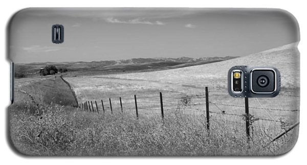 Galaxy S5 Case featuring the photograph Along The Line by Kathleen Grace