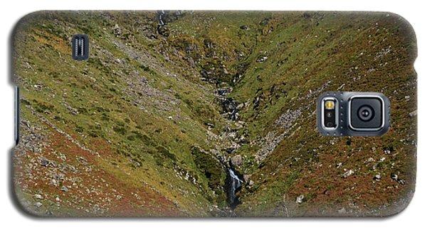 Annascaul Mountains Galaxy S5 Case by Barbara Walsh