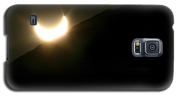 Galaxy S5 Case featuring the photograph Annular Solar Eclipse At Sunset Number 2 by Lon Casler Bixby