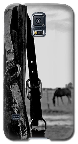 Galaxy S5 Case featuring the photograph Anticipating by Karen Harrison