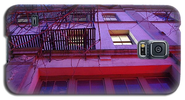 Galaxy S5 Case featuring the photograph Apartment Building by Marilyn Wilson