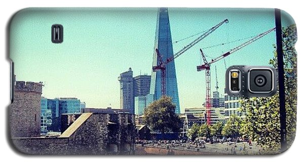 London Galaxy S5 Case - #architecture #london #uk #sky by Abdelrahman Alawwad