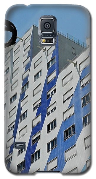 Artwork On The Vertical Galaxy S5 Case by Kirsten Giving