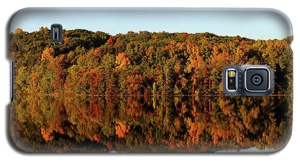 Galaxy S5 Case featuring the photograph Autumn Mirror by Rachel Cohen