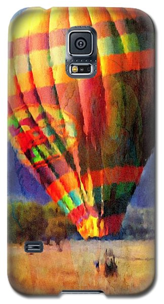Galaxy S5 Case featuring the photograph Balloon Landing In Los Frailes by John  Kolenberg