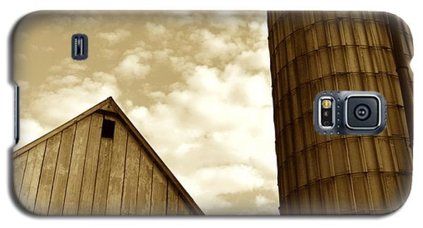 Barn And Silo In Sepia Galaxy S5 Case