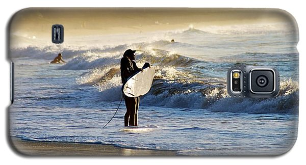 Galaxy S5 Case featuring the photograph Beach Break by Lennie Green