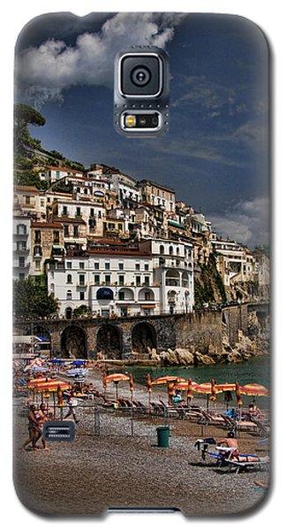 Beach Scene In Amalfi On The Amalfi Coast In Italy Galaxy S5 Case