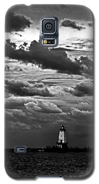 Beacon In The Clouds Galaxy S5 Case