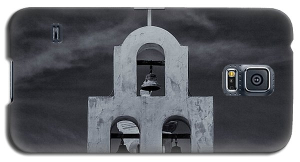 Galaxy S5 Case featuring the photograph Bell Tower by Tom Singleton