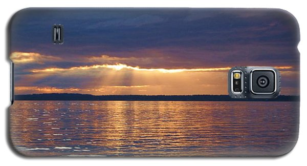 Galaxy S5 Case featuring the photograph Bellingham Bay by Karen Molenaar Terrell