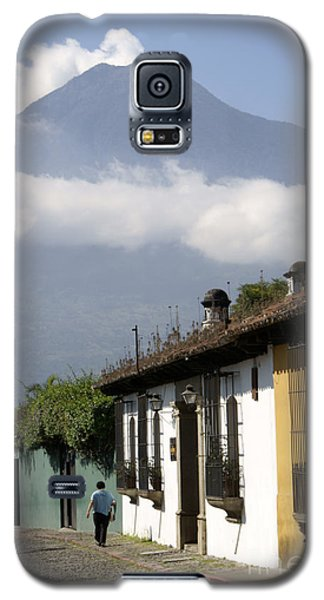 Beneath The Volcano Antigua Guatemala Galaxy S5 Case by John  Mitchell