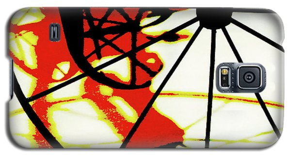 Galaxy S5 Case featuring the photograph Big Wheel by Newel Hunter