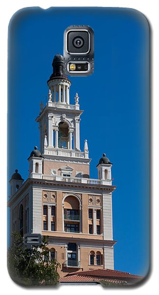 Galaxy S5 Case featuring the photograph Biltmore Hotel Tower And Moon by Ed Gleichman