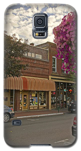 Blind Georges And Laughing Clam On G Street In Grants Pass Galaxy S5 Case by Mick Anderson