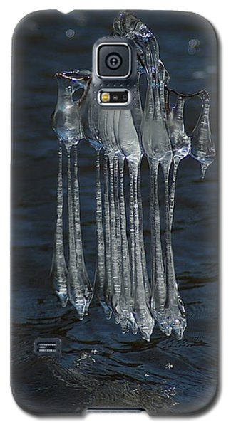 Galaxy S5 Case featuring the photograph Blue Return by Joseph Yarbrough