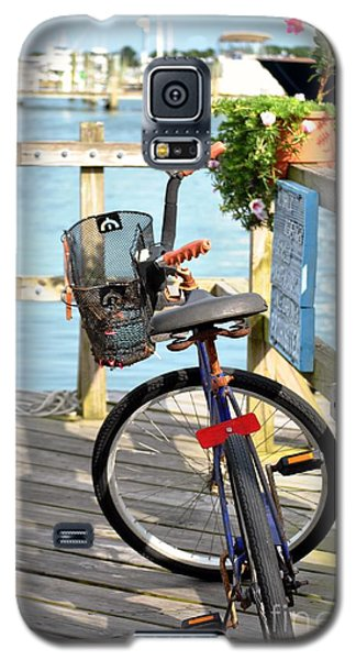Galaxy S5 Case featuring the photograph Boardwalk Bike by Kelly Nowak