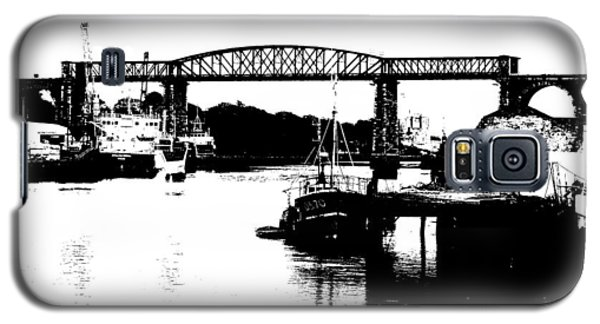 Galaxy S5 Case featuring the photograph Bridge On The Boyne by Charlie and Norma Brock