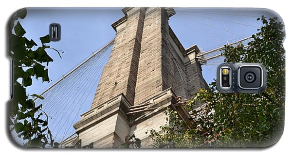Galaxy S5 Case featuring the photograph Brooklyn Bridge2 by Zawhaus Photography