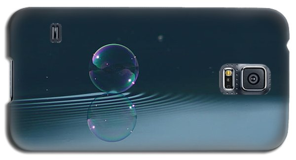 Bubble Ripples Galaxy S5 Case by Cathie Douglas