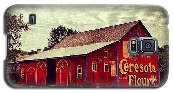 Beautiful Galaxy S5 Case - Buy Flour. #barn #pa #pennsylvania by Luke Kingma