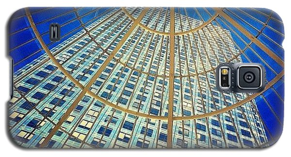 England Galaxy S5 Case - Canary Wharf Gold by Samuel Gunnell