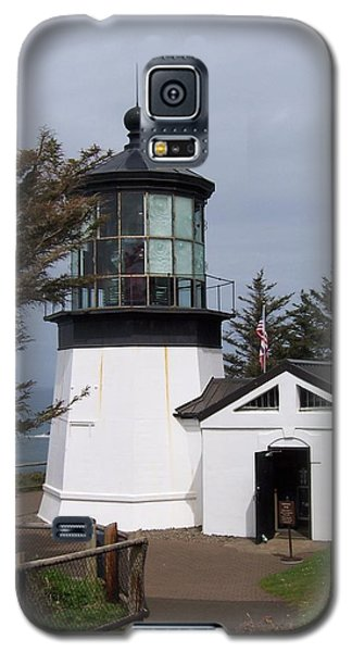 Galaxy S5 Case featuring the photograph Cape Meares Lighthouse In Oregon by Peter Mooyman