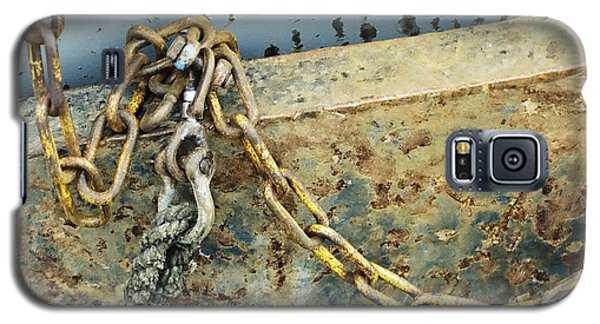 Galaxy S5 Case featuring the photograph Chain Over Ship's Side by Agnieszka Kubica