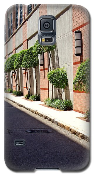 Galaxy S5 Case featuring the photograph Charleston Street by Jean Haynes