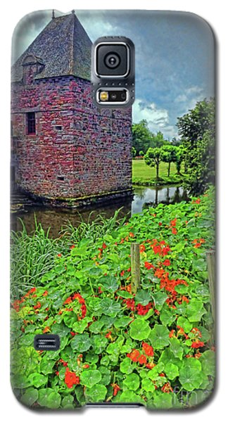 Galaxy S5 Case featuring the photograph Chateau Tower And Nasturtiums by Dave Mills