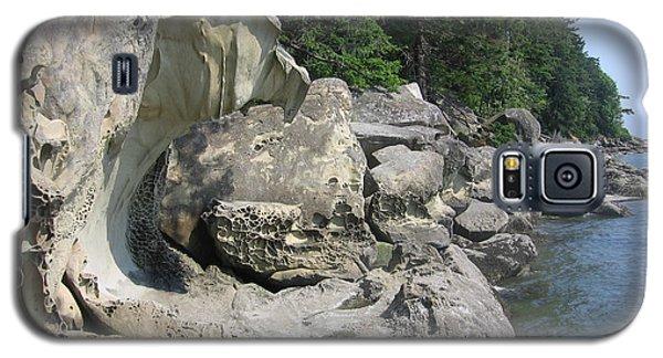 Galaxy S5 Case featuring the photograph Chuckanut Boulders by Karen Molenaar Terrell