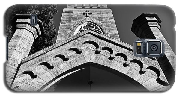 Church Facade In Black And White Galaxy S5 Case
