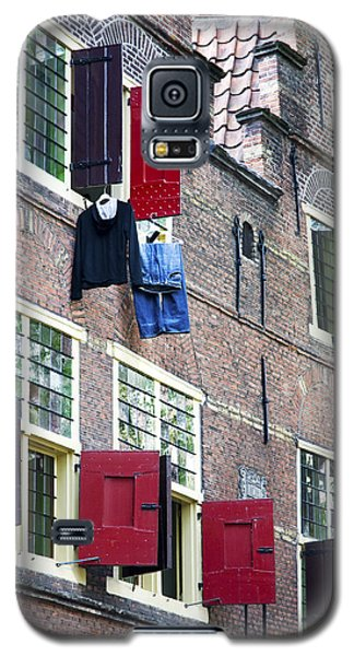 Clothes Hanging From A Window In Kattengat Galaxy S5 Case