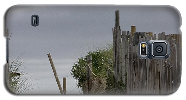 Galaxy S5 Case featuring the photograph Cloudy Morning by Michael Friedman