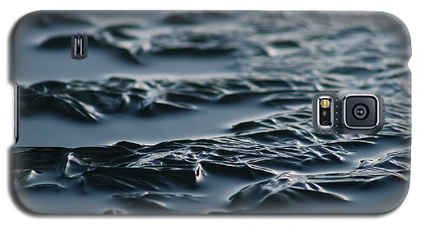 Galaxy S5 Case featuring the photograph Cold Rivers Edge by Cathie Douglas