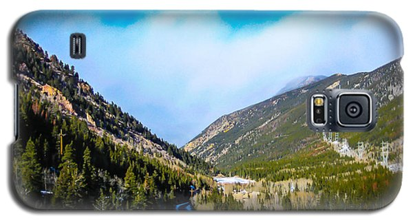 Galaxy S5 Case featuring the photograph Colorado Road by Shannon Harrington