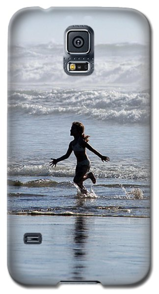 Galaxy S5 Case featuring the photograph Come As A Child by Holly Ethan