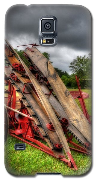 Galaxy S5 Case featuring the photograph Corn Binder by Trey Foerster